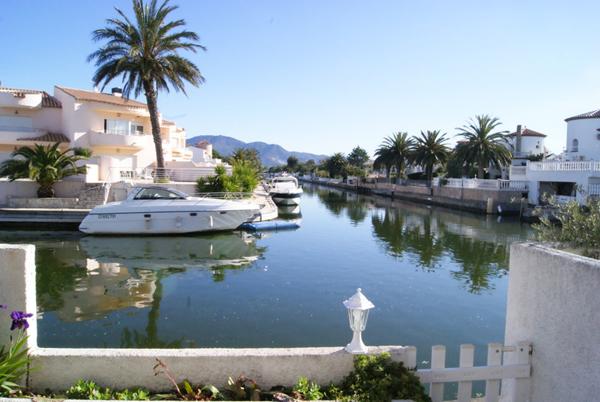 Недвижимость испании на канале
